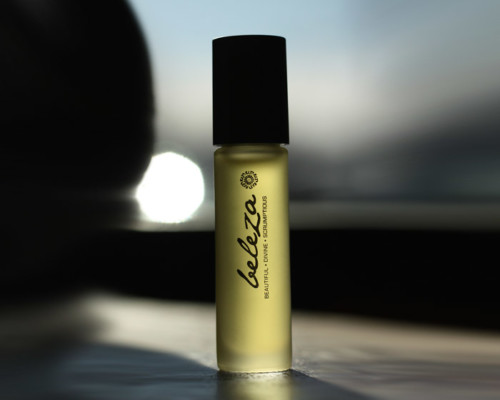 rareEARTH Naturals rareESSENCE Perfume Beleza